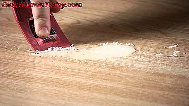 Clean Wax Stains On A Laminate Floor, Can You Put Wax On Laminate Flooring
